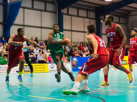 Jerelle Okoro competing for Manchester Giants