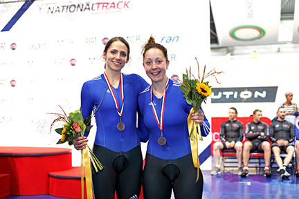 Helen (right) with fellow sport scholar, Ellie Richardson, at the National Track Championships